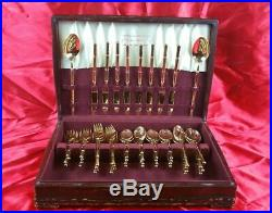 1847 Rogers 1940's 50 Piece Set With Wood Case Round Handles