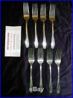 1847 Rogers Bros 62 Piece Daffodil Pattern Silverware Silverplate Flatware & Box