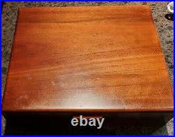 1847 Rogers Bros GRAND HERITAGE Pattern Pierced Flatware Wood BOX Set Svc 12 62p