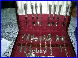 1847 Rogers Bros. Silverplate Daffodil Service For 8 & Serving Pieces In Box