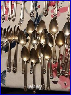1847 Rogers Bros Silverware ETERNALLY YOURS 60 pc, setting for 8 + extr