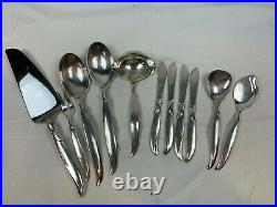 1847 Rogers Brothers IS Flair Silverplate Silverware Flatware 52 Piece 774