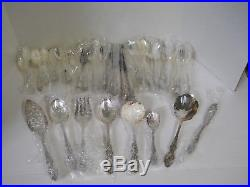 1881 Rogers Oneida Baroque Rose 1967 Silver Plate Flatware Set with Chest 48 Pc