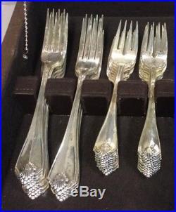 1881 Rogers Oneida Ltd Silverplate Flatware King James 84 Pcs ALMOST 16 Settings