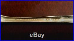 1881 Rogers Oneida Plantation silverware (76 pcs) Circa 1948