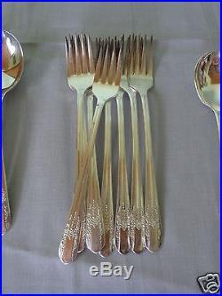 33 Piece Wm Rogers Mfg Co 1939 Reflection Extra Plate Silverplate Flatware Set