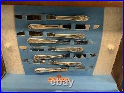 67 Pc Daffodil Silverplate Flatware 1847 Rogers Bros in Case Service 8++