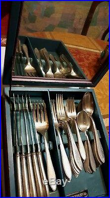 Antique Silverware Set 1847 ROGERS BROS. ARGOSY 46 pic. And original box