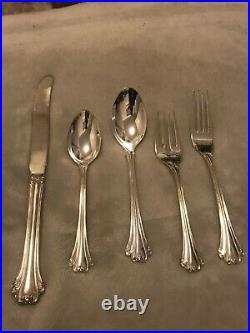 F B Rogers American Chippendale Silver Plate Flatware Set 84 Pc Lovely