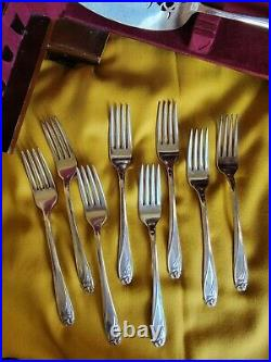 Rogers Bros Silver Plated Daffodil Pattern Set Stand Up Chest 63 Pieces 1950's