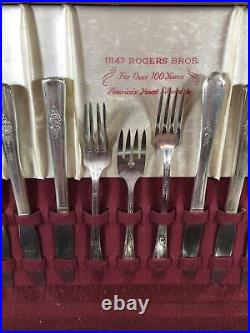 Vintage 1847 Rogers Bros IS 46 Pieces Silverware Set & Chest