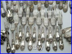Vintage 1881 Rogers Flatware Silver Plated La Vigne Grape Lot of 104 Pieces