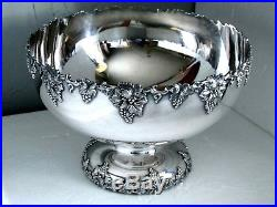 Vintage Grape 1847 Rogers International Colossal Punch Bowl 13 ¼