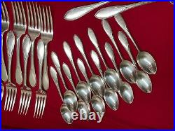 Wm Rogers Pickwick 73pc silverplate service for 12 in box! Shiny and Beautiful